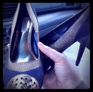 Jennifer Lopez blue suede heels sz 8 Med